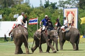 Finals Day at the Kings Cup Bangkok Bank vs Mercedes