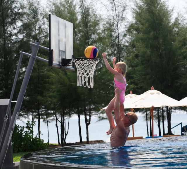 Centara Grand West Sands Resort & Villas Phuket  Pool basketball