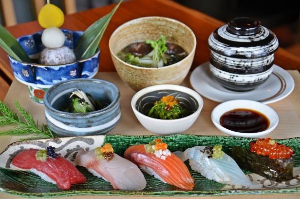 1. YTSB Sushi Set (Signature)