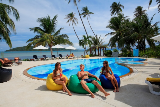 Centra Coconut Beach Resort Samui - Beachfront pool
