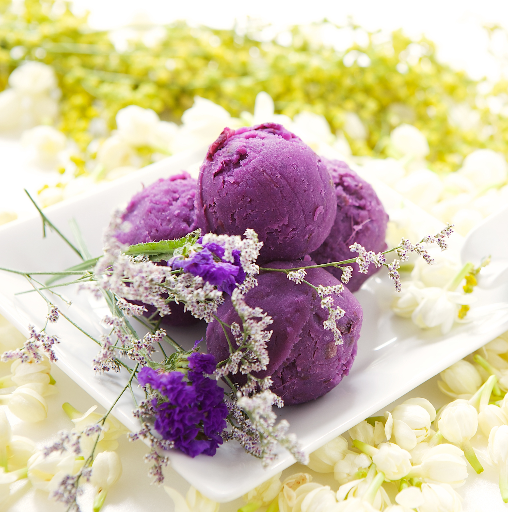 Devaranaspa_Ube Ice Cream Scrub