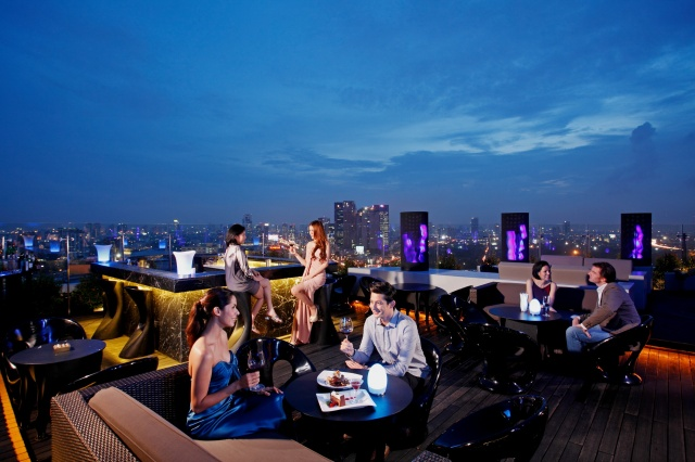 Centara Grand at Central Plaza Ladprao Bangkok - Blue Sky