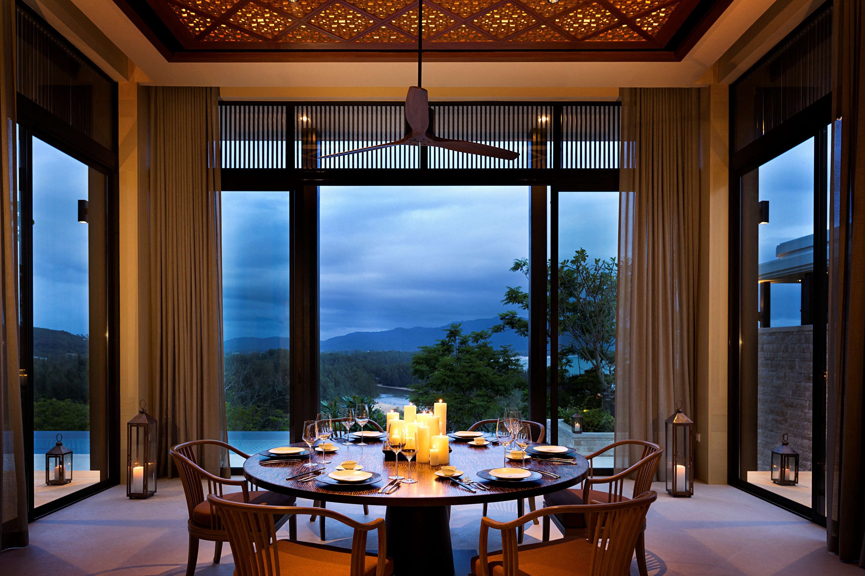 The%20Residences%20by%20Anantara%20Dining%20Room