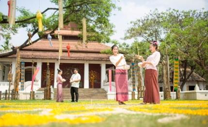 Dhara Dhevi Songkran 2